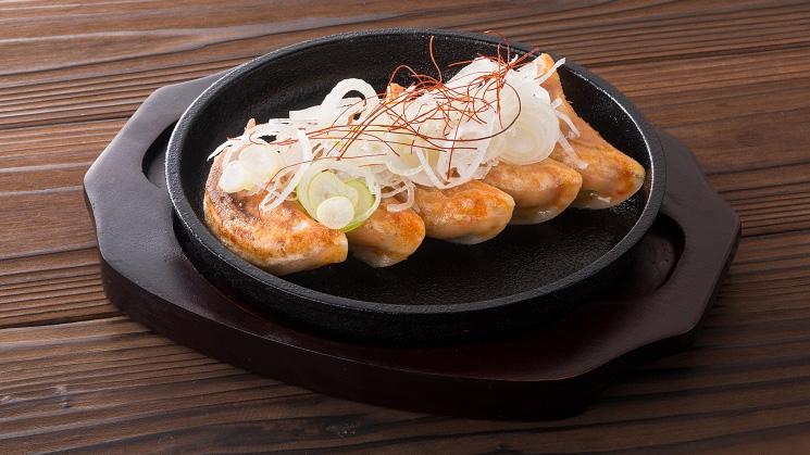 鉄板豚キムチ餃子