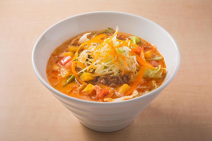 オレンジ担々麺