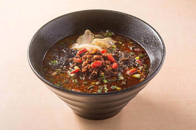 ブラック担々麺
